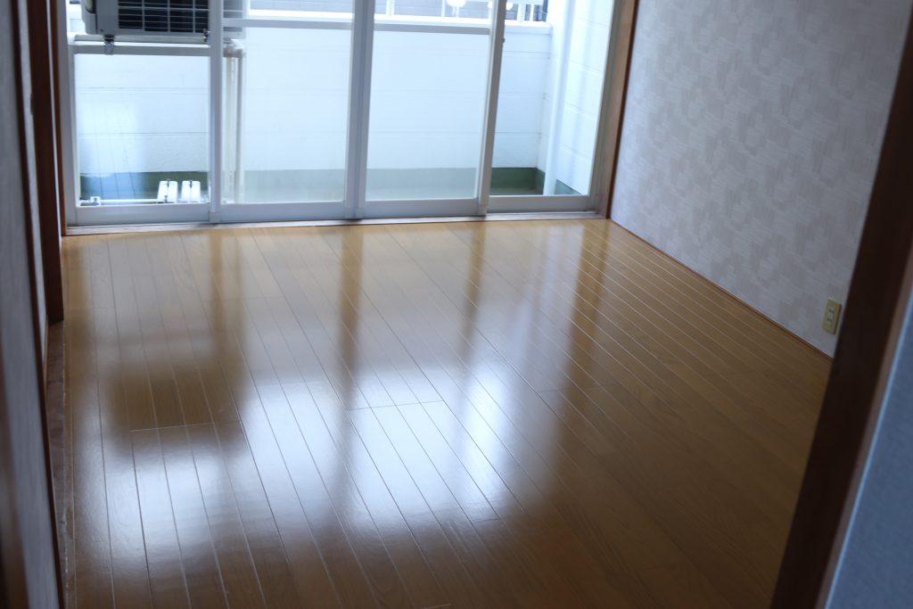 洋間6畳(寝室)
