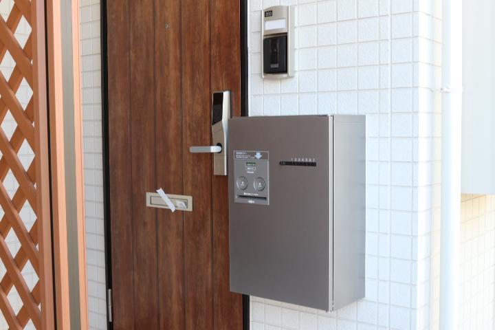 TVインターフォン・トランクルーム(玄関)